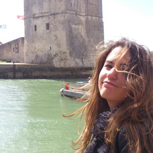 Cécile Henri's avatar