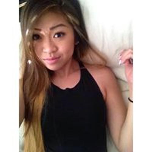 Yvonne Trang's avatar