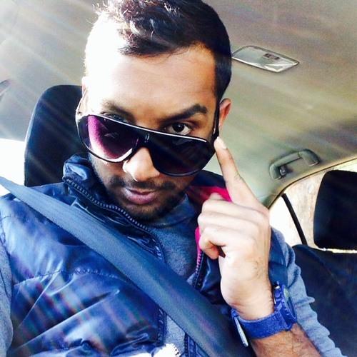 FarhAn NoOr's avatar