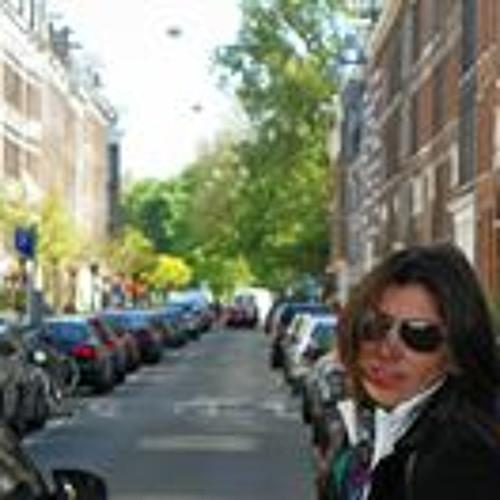 Patty Arias A's avatar