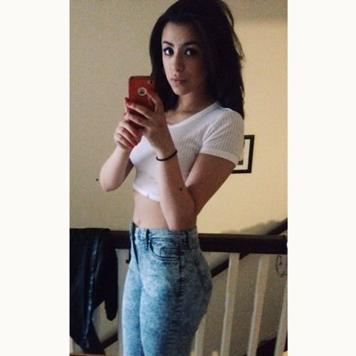 _sarahbel's avatar