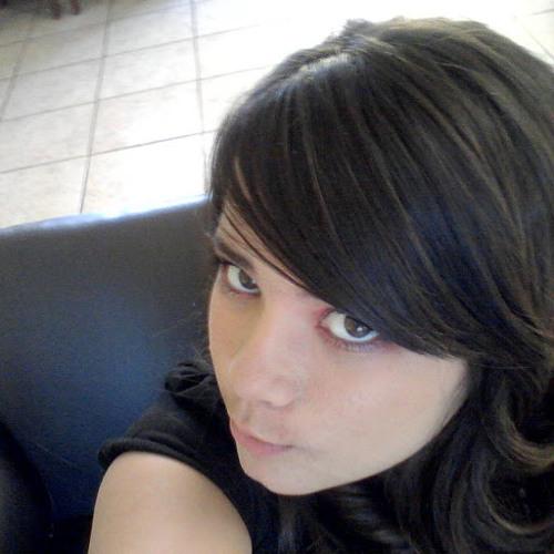 lupita mares's avatar