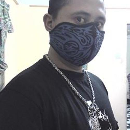 A-PEACZ€'s avatar