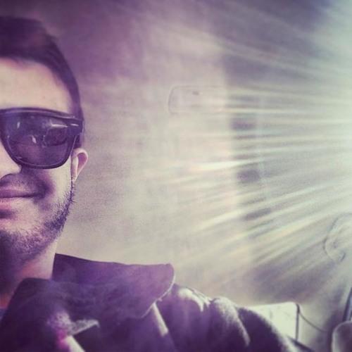 Arjun Singh's avatar