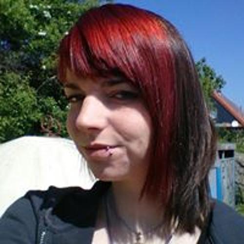 Nadine König 8's avatar