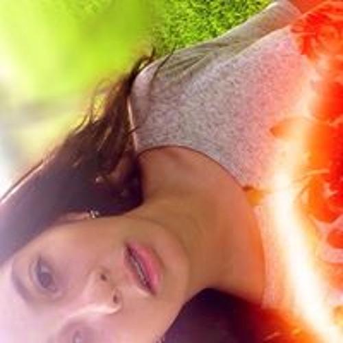 m.emilia12's avatar