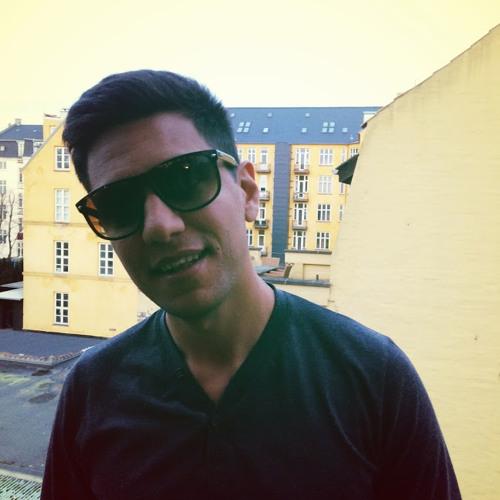 Khosro's avatar