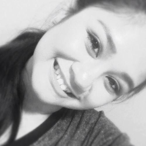 Ella'Mackyoot <3's avatar