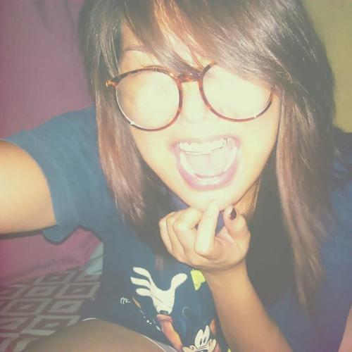 Cha Sings's avatar