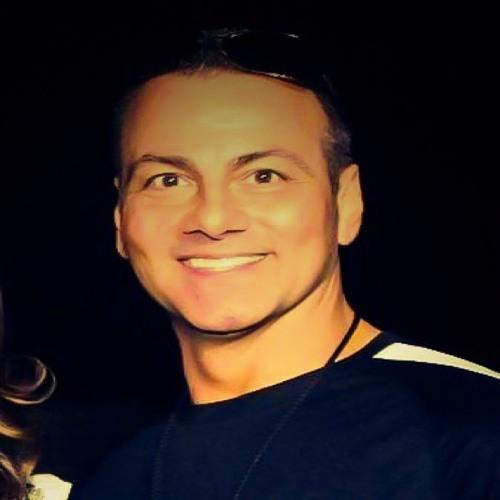 Todd Saporito's avatar