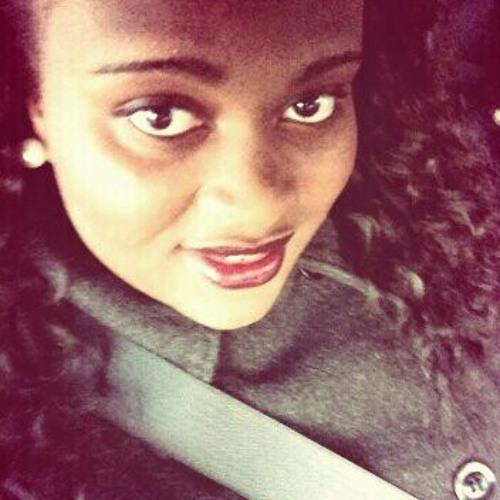 niaa_poohh's avatar