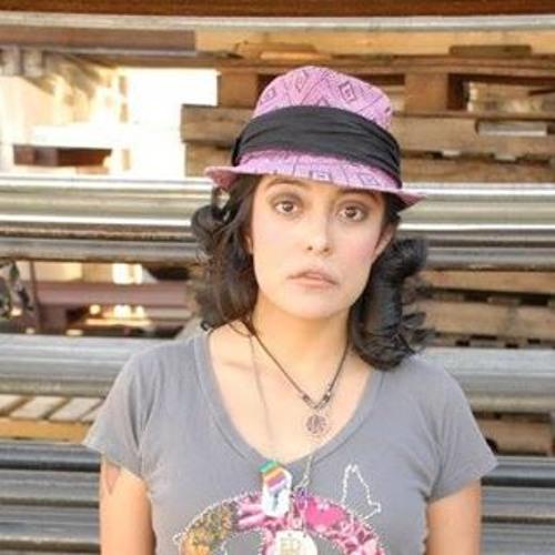 Cristina M Calderon's avatar