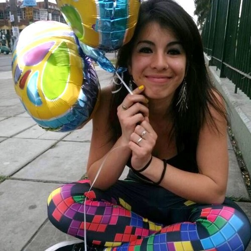Luly Gimenez's avatar