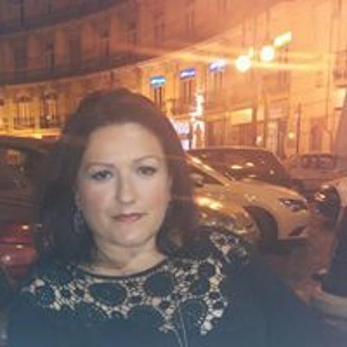 Ana Sanz 8's avatar