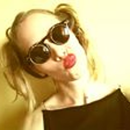 Helena Han's avatar