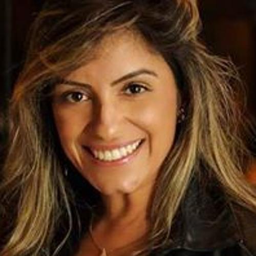 Débora Tolentino's avatar