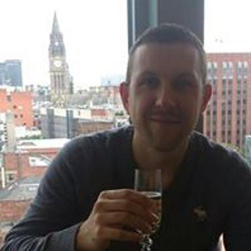 Tom Matthews 31's avatar