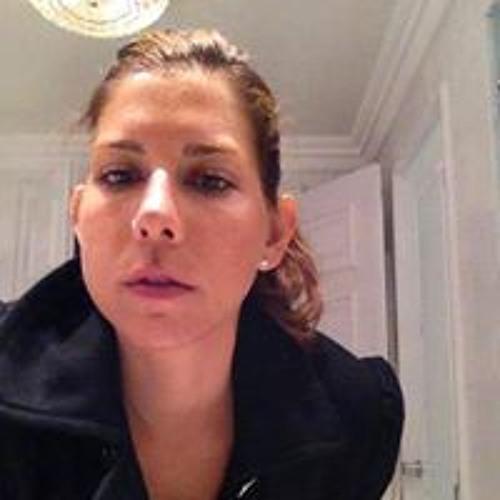 Miss Riehl's avatar