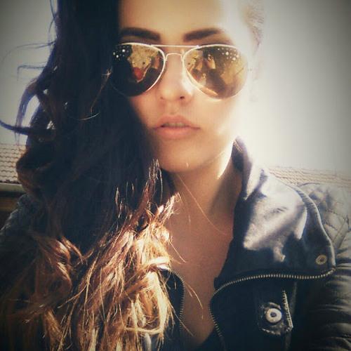Nikoletta Izabella Pàll's avatar