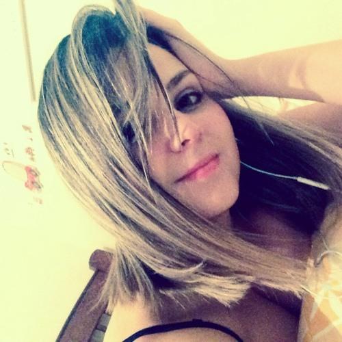 Dri Siqueira's avatar