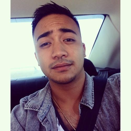 Justin Falusoto's avatar