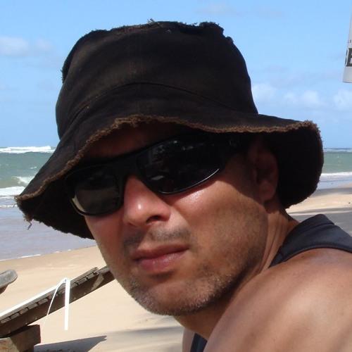 Renato's avatar