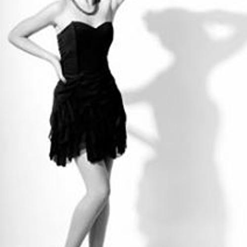 Paola Grau's avatar