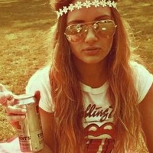 Anna Darya's avatar