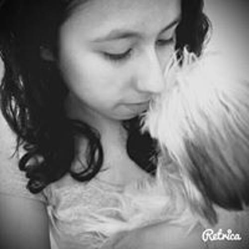Isabela Gimenez 3's avatar