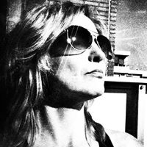Astrid van Nispen's avatar