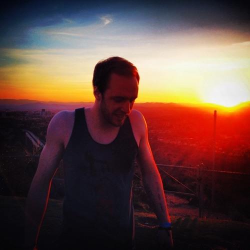 Henry Lynam's avatar