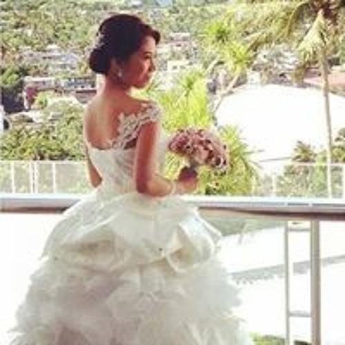 Krystine Rada-Manila's avatar