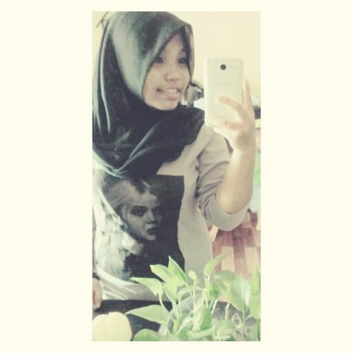 naomi_farisa's avatar