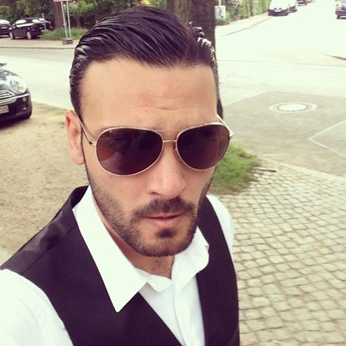 Yahya Üzel's avatar