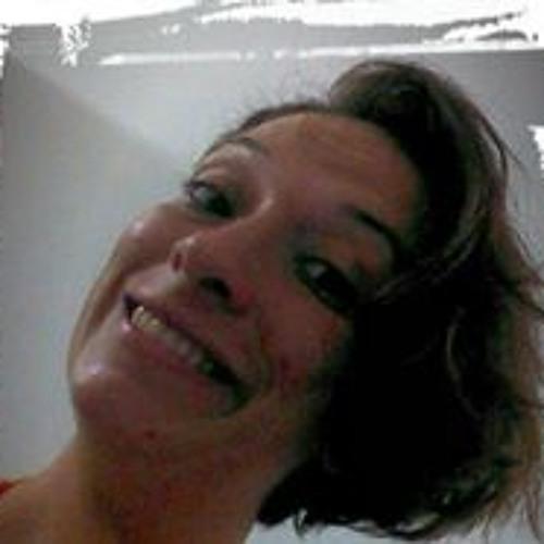 Danielli Cordeiro Assis's avatar