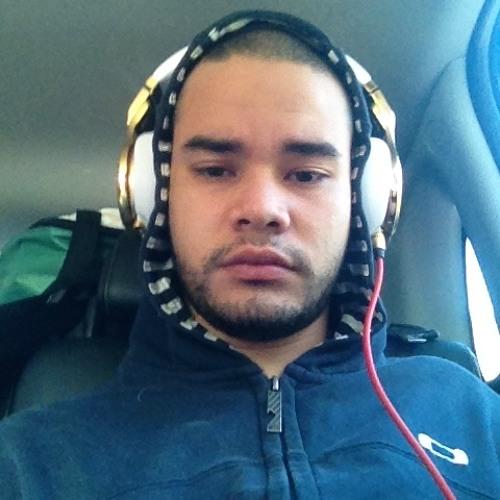 GustavoMaués's avatar