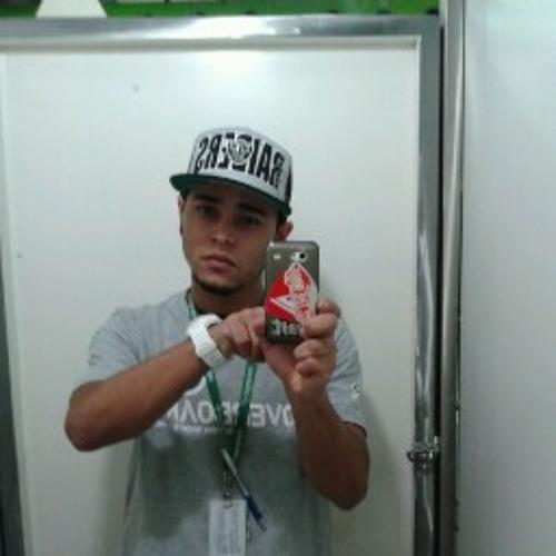 Alexandre Silva 252's avatar
