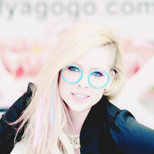 Camille Oliveira 1's avatar