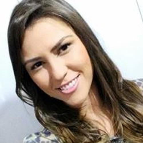 Taluana Gimenes Costa's avatar
