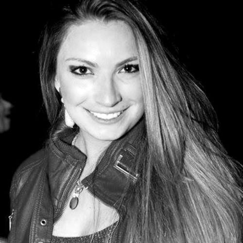 Francielle Darri's avatar