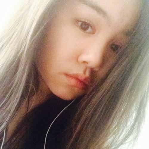 VivianMai♡'s avatar