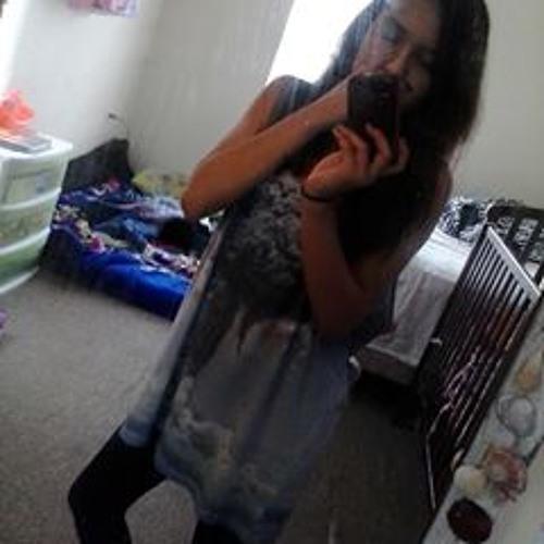 Yailine Maria Castillo's avatar