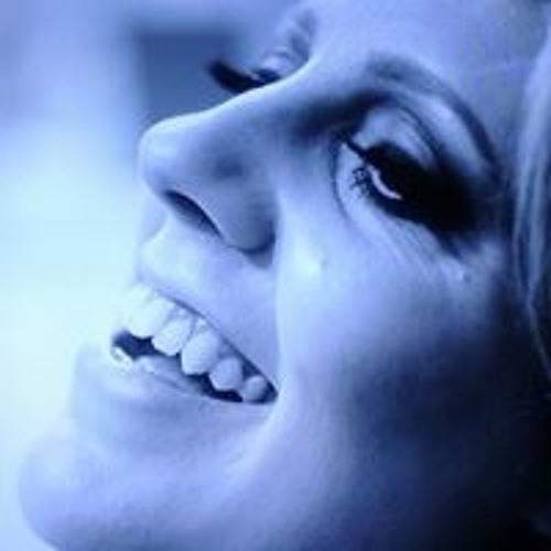 Natália Freitas 25's avatar
