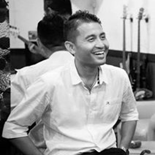 Gowit Henklang's avatar