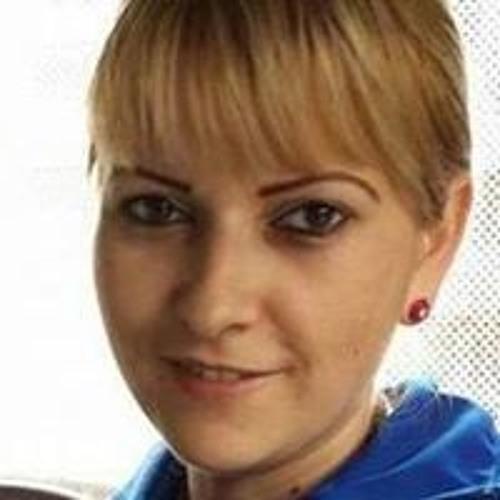 Dora Venter Zarau's avatar