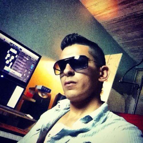 YA BOY Nando's avatar