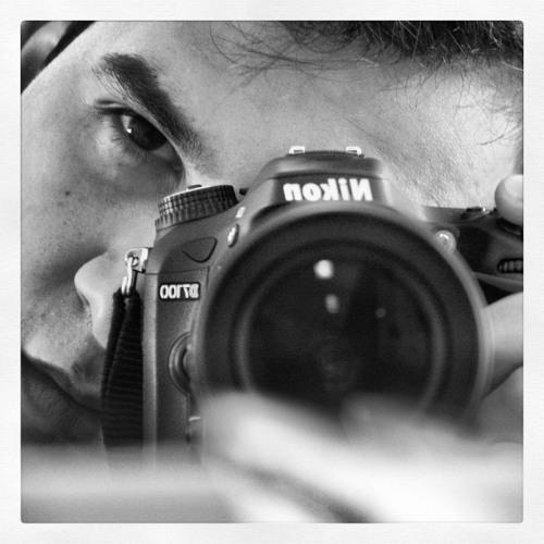 Rafael Grecco's avatar