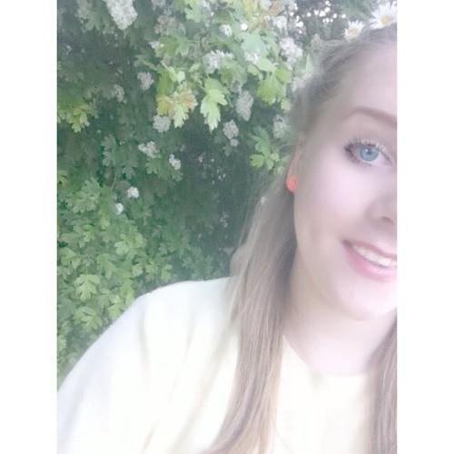 lucyloxxxx's avatar