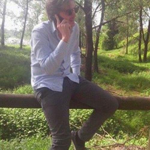 Antonio Parisi 12's avatar