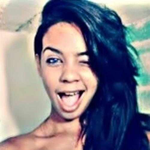 Eloisa Santos 2's avatar